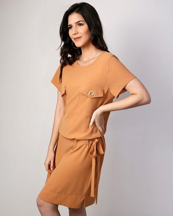 Vestido-Crepe-Bolsos-Com-Ilhois-Caqui