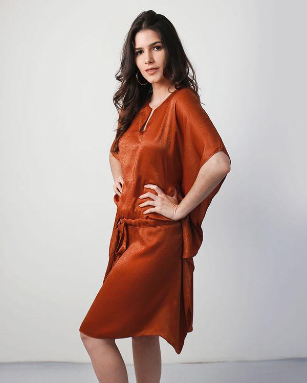 Vestido-Cafta-Tecido-Acetinado-Com-Faixa-Telha