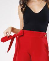 Calca-Reta-Tecido-com-Faixa-Destacavel-Vermelho