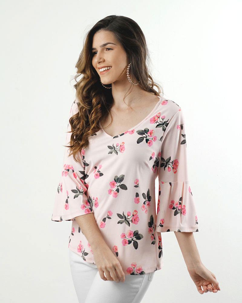 fe307b818b Blusa Malha de Crepe Estampado Mangas Flare com Pregas Rosa Flamingo ...