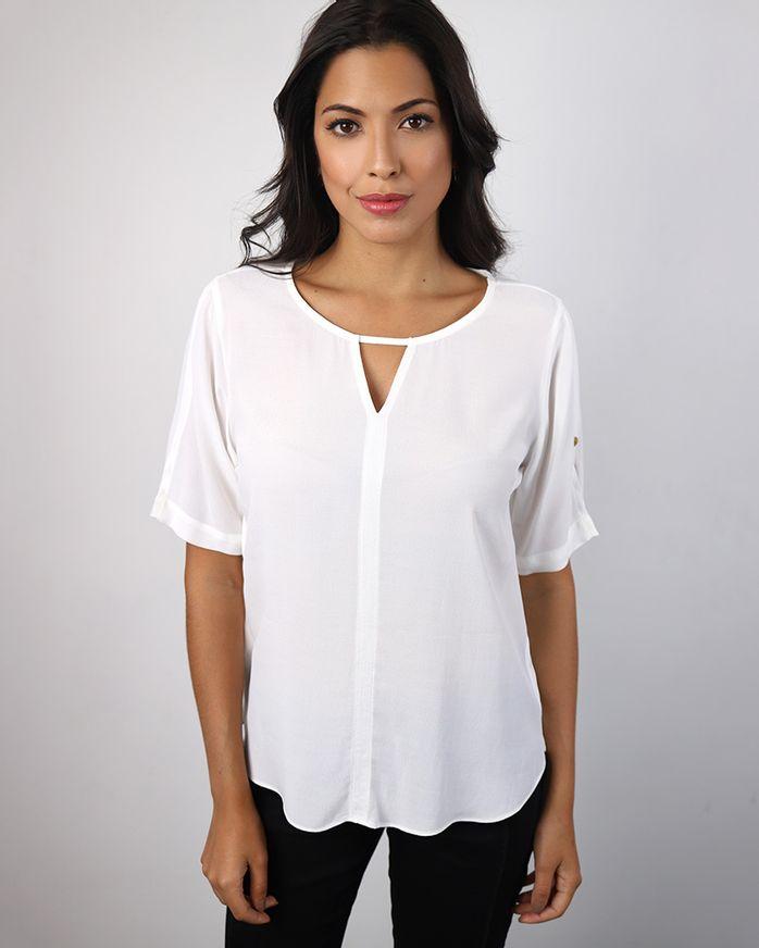 Blusa-Viscose-Decote-com-Abertura-e-Pespontos-Off-White