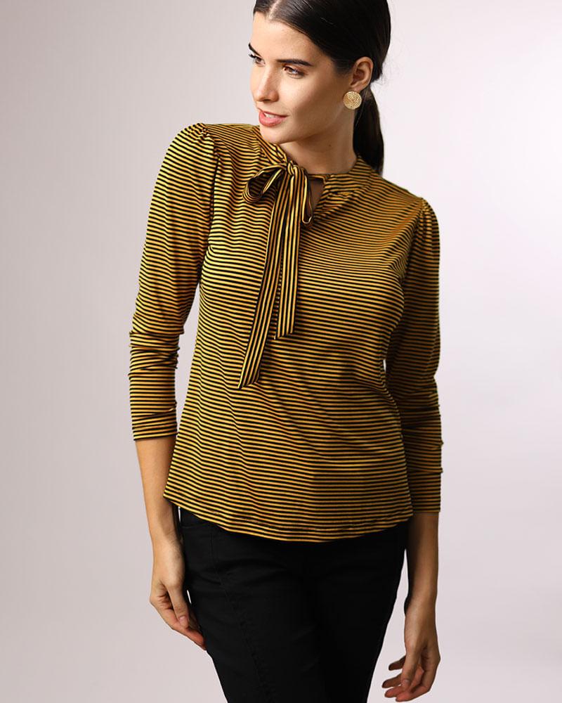 f22a99a76c Blusa Malha Listras Decote com Amarração Amarelo - lojabluk