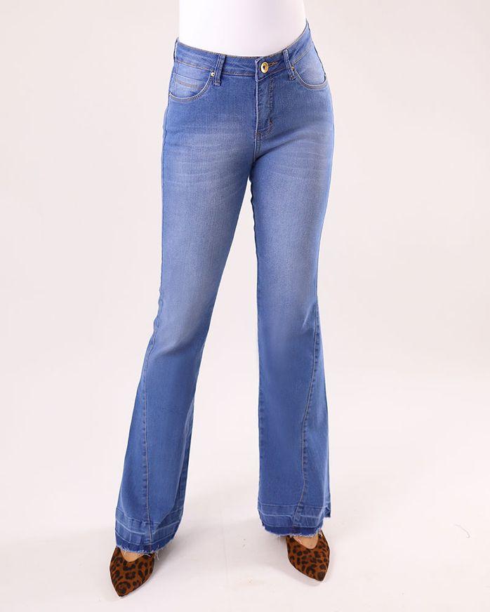 -Calca-Jeans-Boot-Cut-Bainha-Desmanchada-Azul