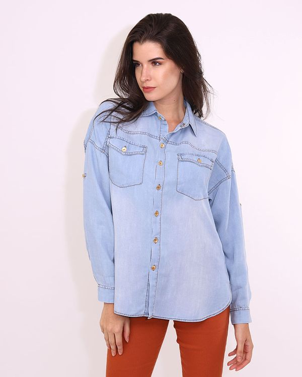 Camisa-Jeans-Frente-com-Bolsos-e-Ombro-Deslocado-Delave