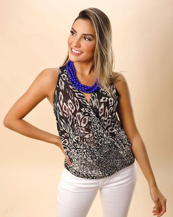 Blusa-Tecido-Estampado-com-Transparencia-Decote-Transpassado-Preto