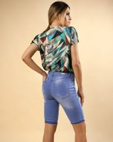 Bermuda-Jeans-Bainha-Desfiada-Azul-