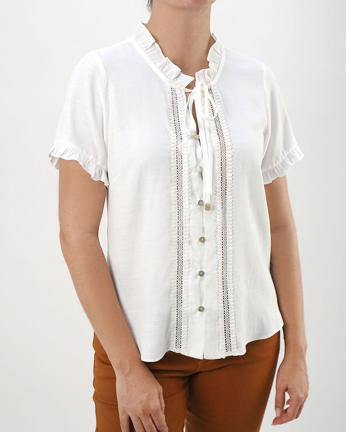 Blusa-Tecido-Frente-Guipir-e-Botoes-Madreperoras-Off-White