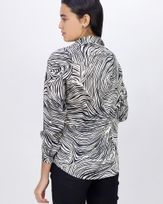 Camisa-Tecido-Acetinado-Estampa-Raizes-Preto