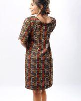 Vestido-Tecido-Estampa-Palhas-Gola-Virada-Estampado